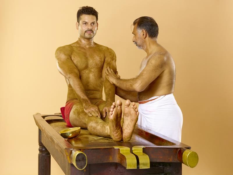 Udwarthanam - Sri Selvam Ayurveda
